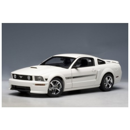 Ford Mustang Gt Coupe 2007 California Special 1:18