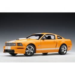 Ford Mustang SHELBY GT Coupe ORANGE 2007 1:18 Rarytas